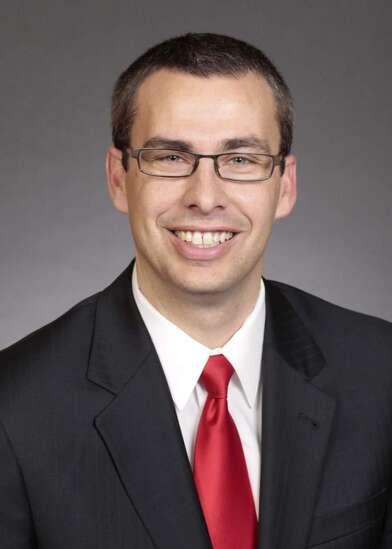 Legalized sports betting passes Iowa Senate