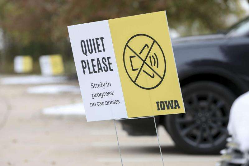 University of Iowa researchers focus on the transition from self-driving to manual modes in vehicles