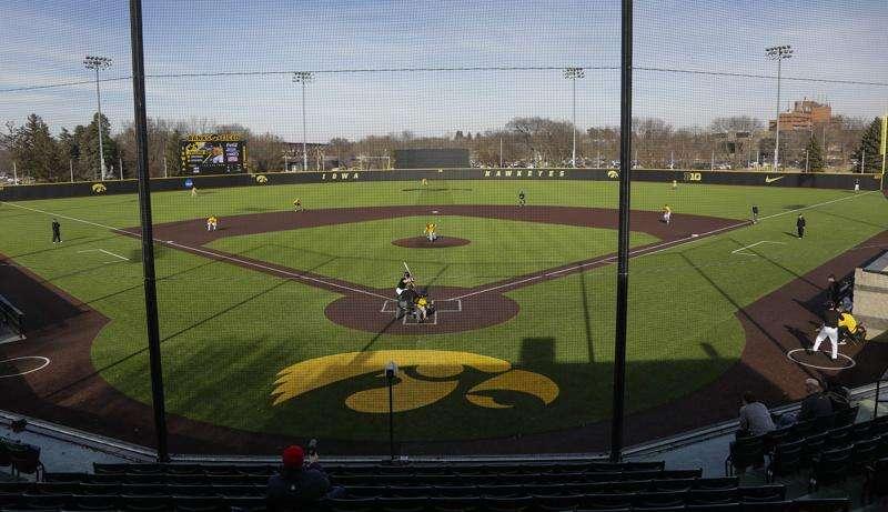 Iowa City, Carroll will team as hosts for Iowa high school state baseball tournament in 2021