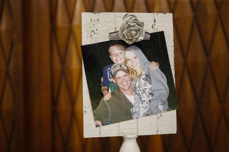 Wedding at UI hospital chapel includes heart transplant bride, son on waiting list