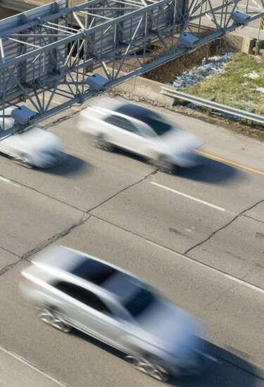 Chief: Turn I-380 speed cameras back on
