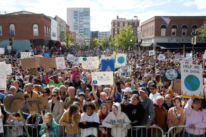 Climate strike with activist Greta Thunberg draws thousands in Iowa City