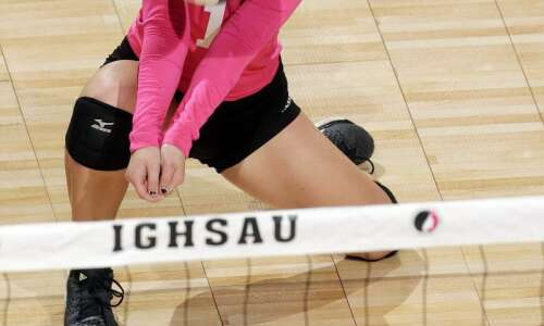 Holy Trinity sweeps to the 1A semifinals