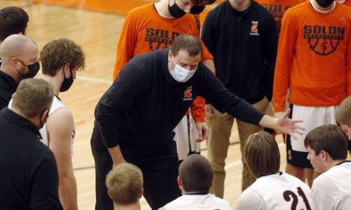 Photos: Mount Vernon vs. Solon, Iowa high school boys' basketball