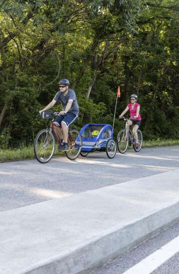 It's time to build protected bike lanes on Iowa roadways