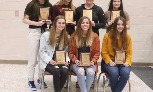 Mt. Pleasant girls basketball team receives postseason awards