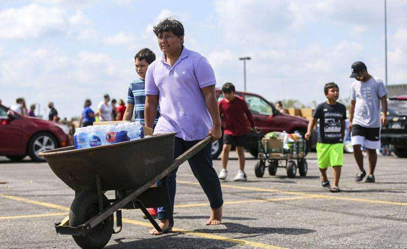 Iowa storm updates: Cleanup, shelters, volunteering and more in Cedar Rapids area