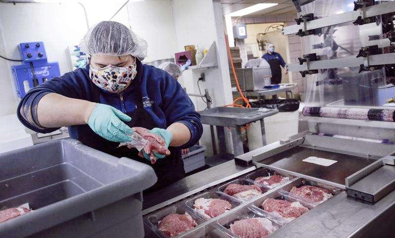 Eastern Iowa meat lockers see record sales due to processing plants' coronavirus shutdowns