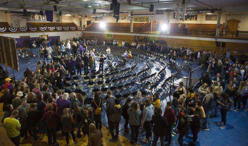 With large Democratic field, campaign organization could be critical to Iowa caucus victory