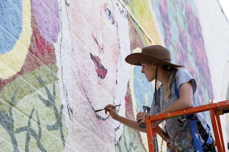 Painting with a flourish in Czech Village