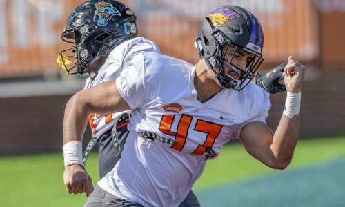Elerson G. Smith, Spencer Brown polish NFL draft resumes at…