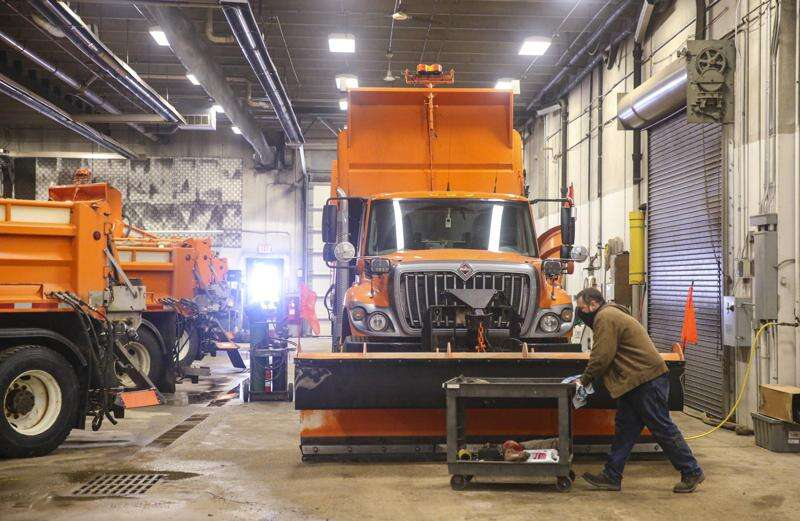 Winter crashes imperil Iowa state snow plows and police cruisers