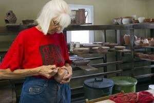 C.R. museum throws spotlight on Clary Illian's pottery career