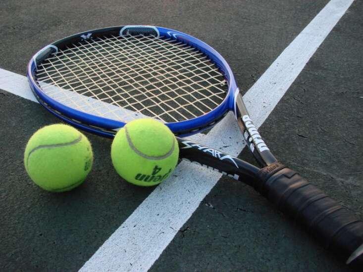 Iowa girls' state tennis: Cedar Rapids Washington pair dominates on day 1
