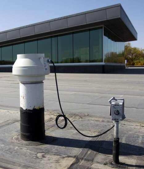 Iowa lacks guidelines to track radon in schools