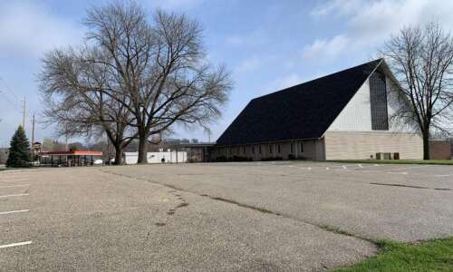 Casey's plans larger northwest Cedar Rapids store on Edgewood Road