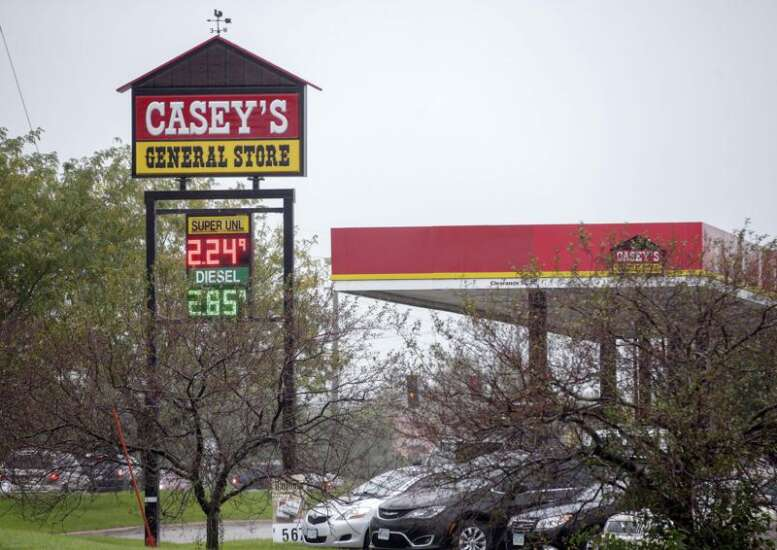Iowa retailers reluctant to make customers mask up