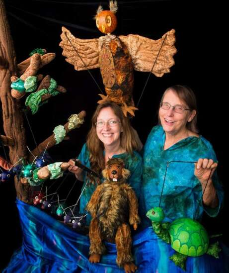 Iowa puppet troupe Eulenspiegel finds virtual audience during pandemic