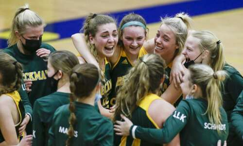 Beckman tops Cascade in girls' basketball for the first time…