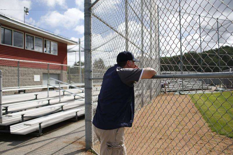 Moeders' bond strengthened by passion for baseball