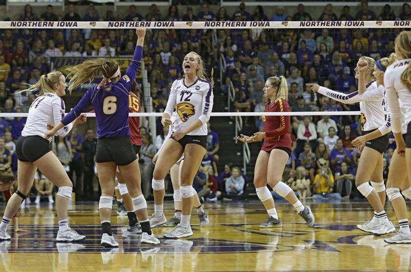 UNI volleyball rides new-look offense to Valley regular-season championship