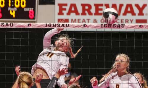 Ankeny shakes off nerves to beat Centennial in state volleyball…