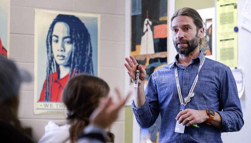 Iowa City teachers union endorses 4 for school board