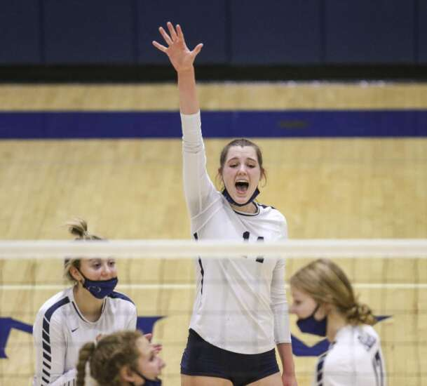 Photos: Oskaloosa vs. Cedar Rapids Xavier, Iowa high school volleyball