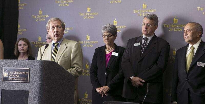 Regents won't commit to releasing University of Iowa president finalist feedback before hire
