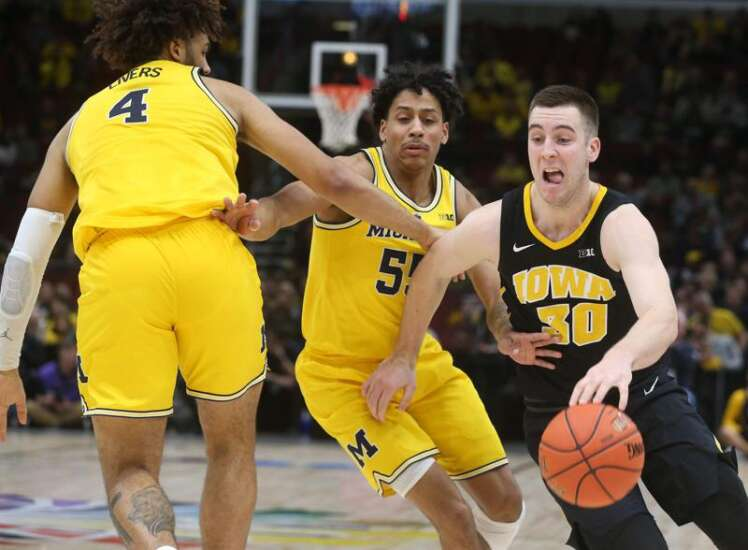 Iowa vs. Michigan men's basketball glance: Time, TV, live stream, team data