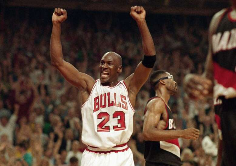 Podcast: Michael Jordan, the NBA and 'The Last Dance' from 2 different perspectives