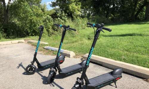 Lawyers urge insurance for e-scooters
