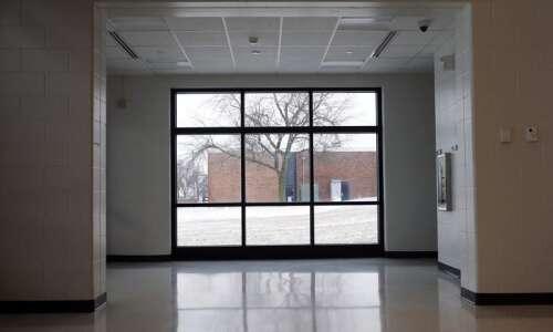 School bonds on ballots in Cedar Rapids-based College Community and…