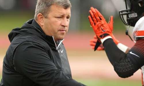 Wartburg seeks 1st trip to NCAA Division III football's final…