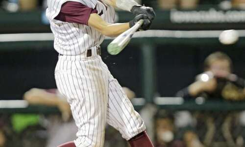 North Linn leads area teams in latest prep baseball polls
