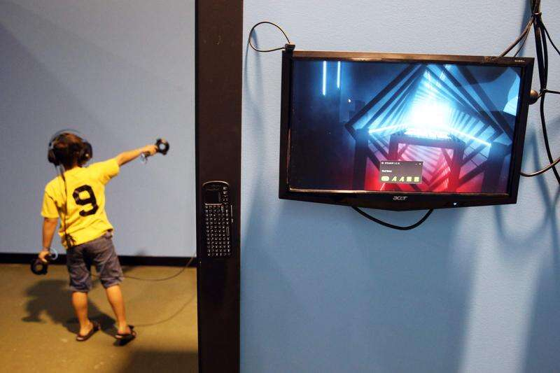 Cedar Rapids Ice Arena hopes virtual reality arcade brings real money