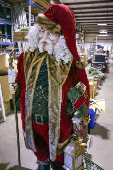 Cedar Rapids events service finds a way during pandemic, while another auctions off it assests