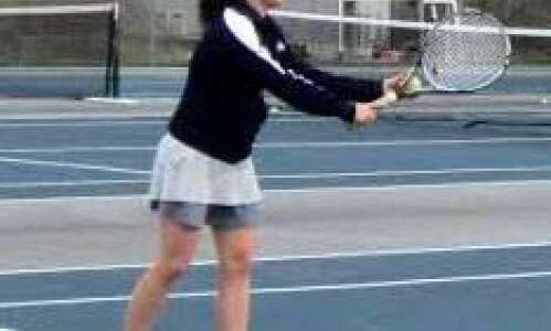 Xavier twins share love of tennis