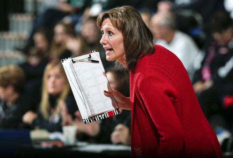 Teresa Bair announces resignation as Linn-Mar volleyball coach