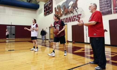 Sign language becoming part of Mount Vernon basketball dialogue