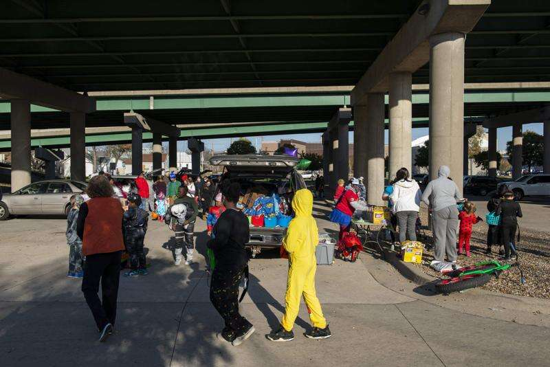 Photos: Trunk or Treat by Bridge Under The Bridge