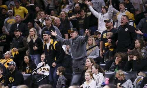 Reaction to Iowa vs. Penn State dual, UNI's hot streak:…