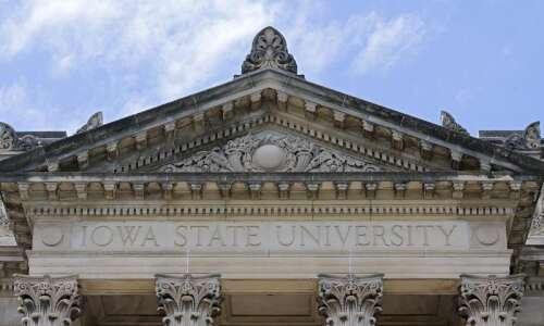 University coronavirus cases rise in step with Iowa increases