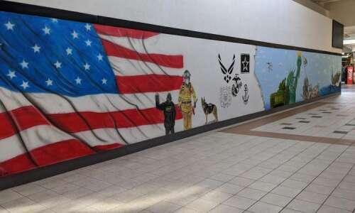 Artful tribute: New Lindale Mall mural honors veterans, first responders