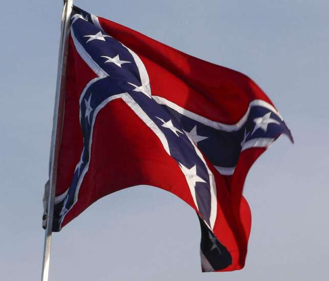 Republican chairman upset by Confederate flags