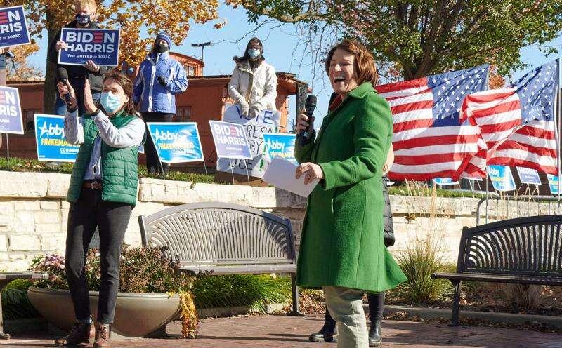 In Marion, Klobuchar calls Midwest key to Biden's 'blue wall'