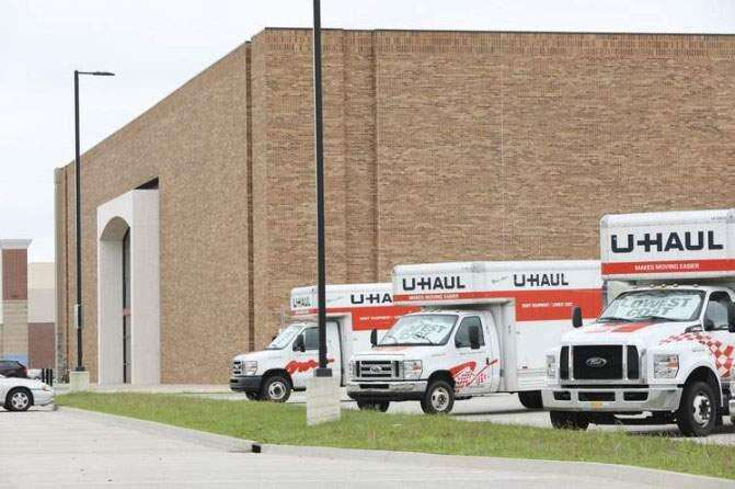 U-Haul looks at converting Lindale Mall's vacant Sears into storage space