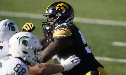 Iowa football: Keeping up with the 15 Hawkeyes leaving this…