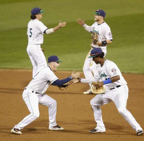 Cedar Rapids Kernels score late to beat Kane County in Game 1, 6-5