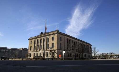 Competitive mayoral race taking shape in Cedar Rapids